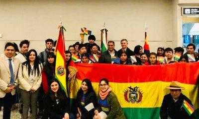 Embajador Santos Tito y residentes bolivianos en Comodoro Rivadavia