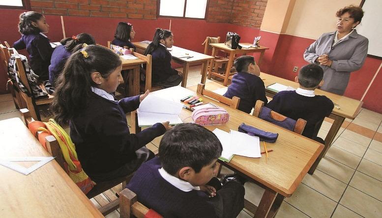 Escolares_piden_jubilar_maestros