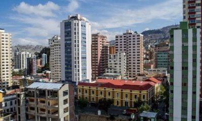 Auto de buen gobierno en La Paz