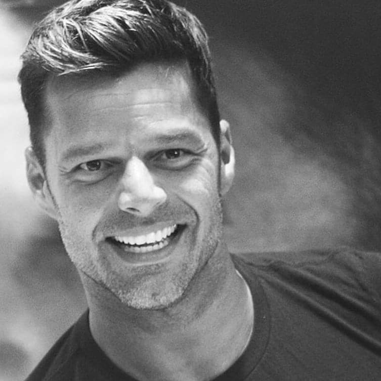 Ricky Martin apoya a Baiden