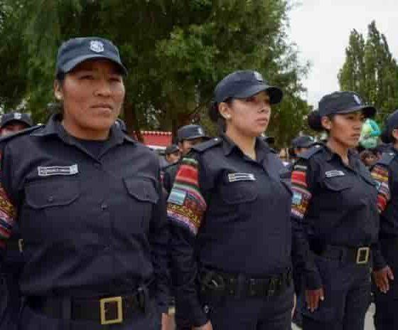 Aguayo en uniforme de guardia de Jujuy