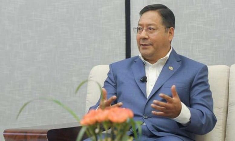 Bolivianos_aprueban_a_Presidente