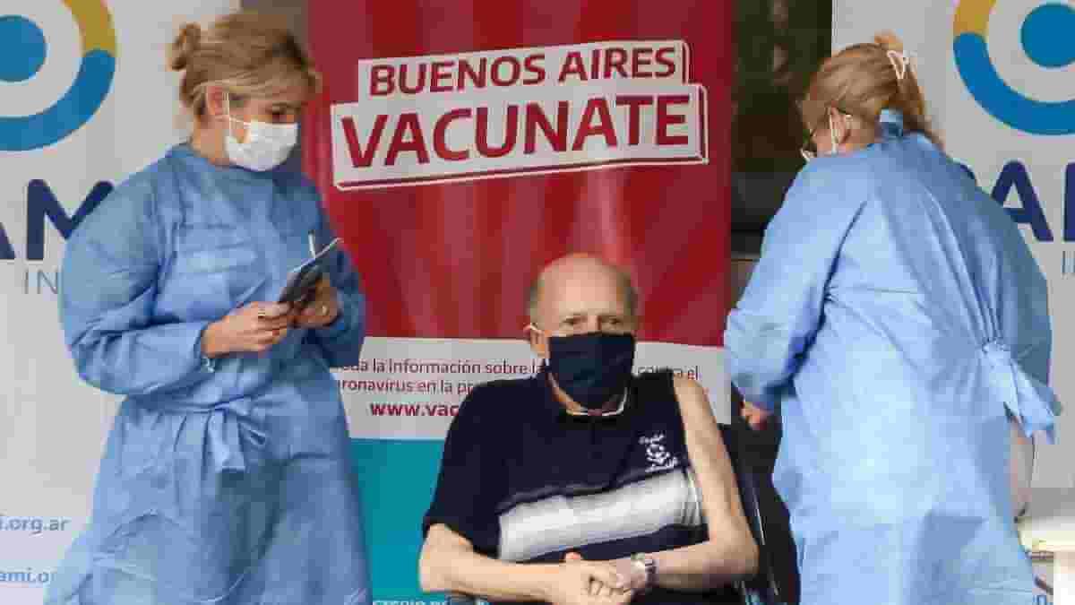 Vacunación sin turno a mayores de 70 años